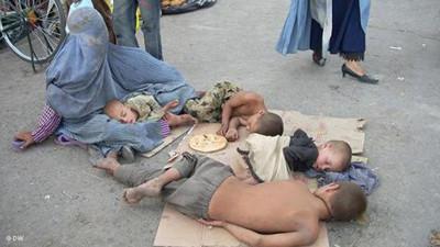 Beggar_mother
