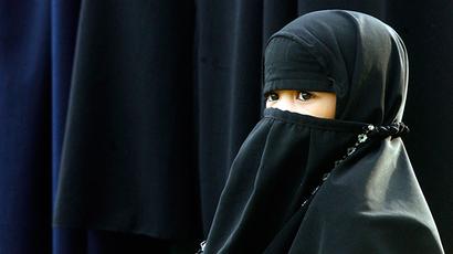 Double veiling